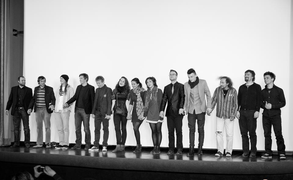Premiera našega prvega celovečerca 'Tu se piše življenje'